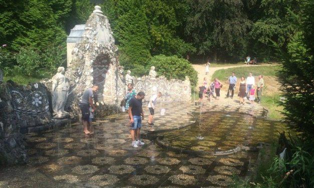 Wandelen door Nederlandse kasteeltuinen